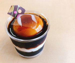 【コーヒーババロア】 ババロアとコーヒーゼリーを是非一緒にお召し上がりください。